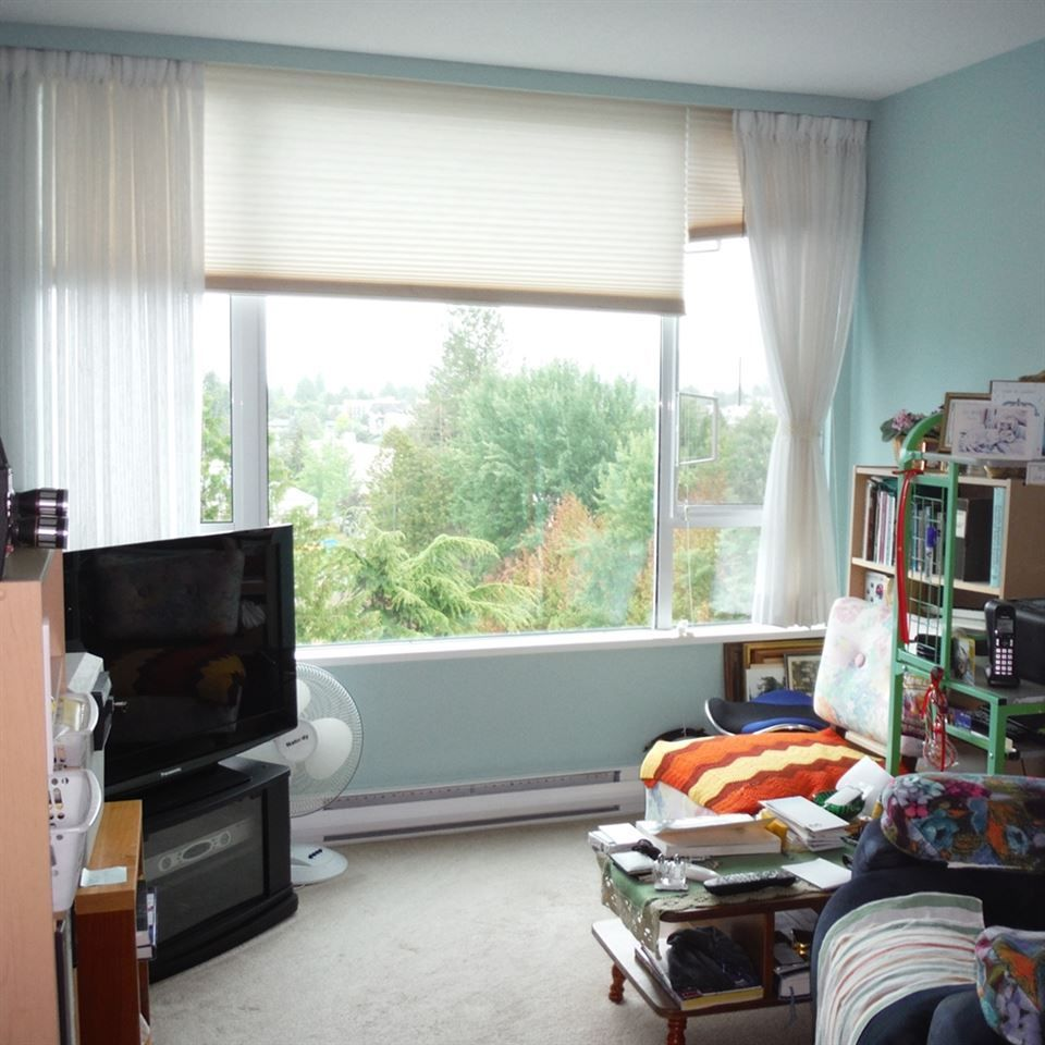"""Photo 14: Photos: 806 12148 224 Street in Maple Ridge: East Central Condo for sale in """"PANORAMA"""" : MLS®# R2285555"""