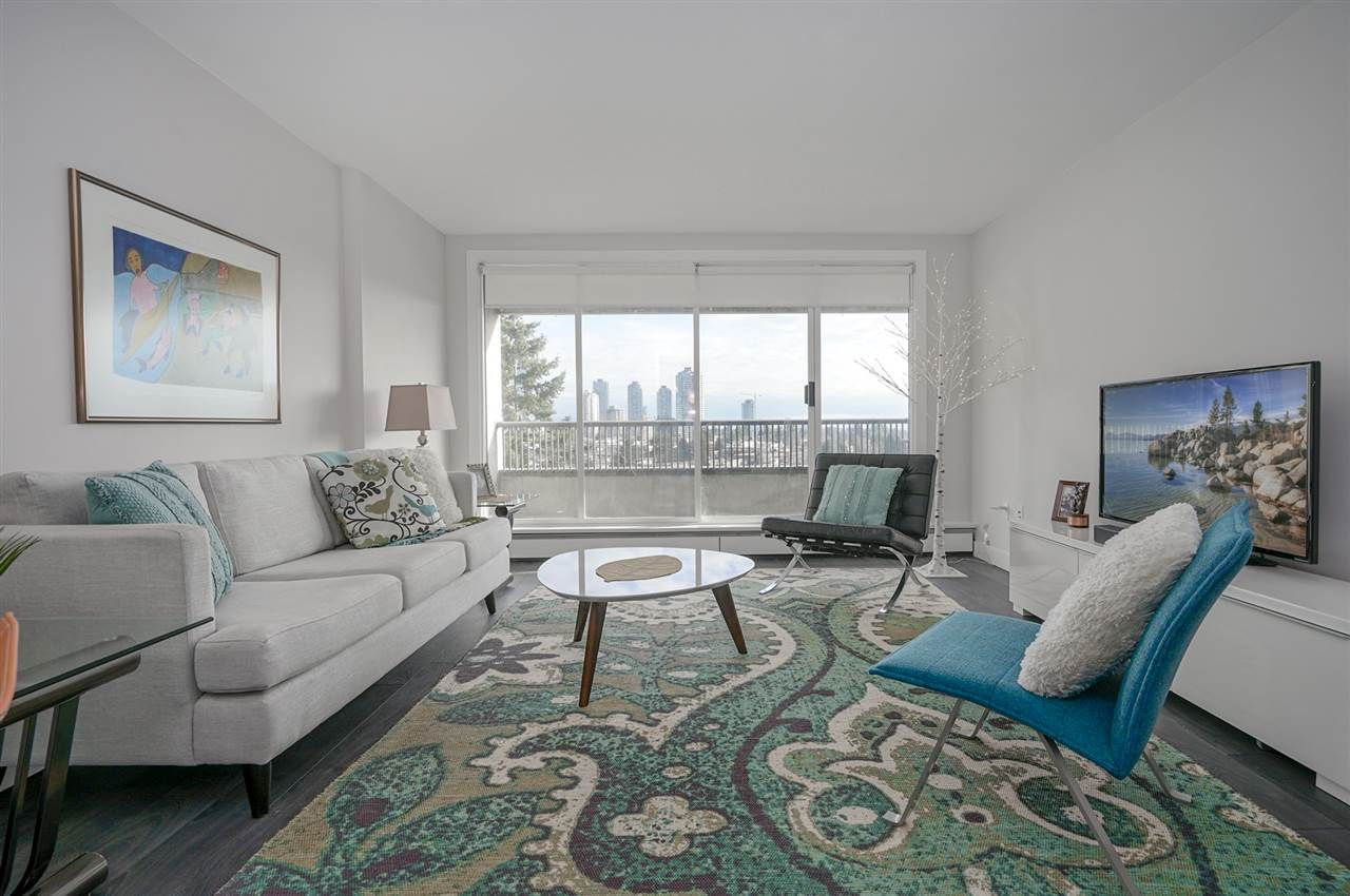 Photo 5: Photos: 1105 6595 WILLINGDON AVENUE in Burnaby: Metrotown Condo for sale (Burnaby South)  : MLS®# R2334446
