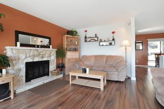 Photo 5: 115 N HOLDOM Avenue in Burnaby: Capitol Hill BN House for sale (Burnaby North)  : MLS®# R2152948