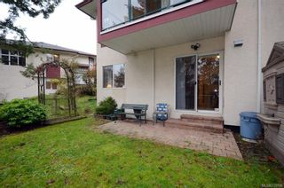 Photo 18: 31 300 Six Mile Rd in : VR Six Mile Row/Townhouse for sale (View Royal)  : MLS®# 719798