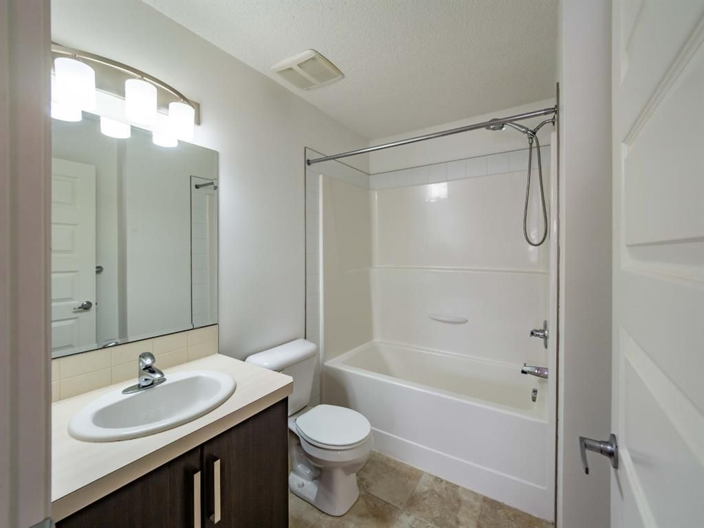 Photo 14: Photos: 544 Mckenzie Towne Close SE in Calgary: McKenzie Towne Row/Townhouse for sale : MLS®# A1128660