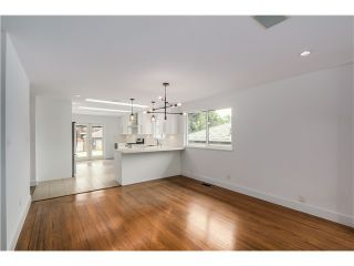Photo 4: 2532 E 24TH Avenue in Vancouver: Renfrew Heights House for sale (Vancouver East)  : MLS®# V1070941