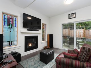 Photo 4: 3488 Myles Mansell Rd in Langford: La Walfred House for sale : MLS®# 869261