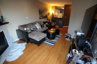"""Photo 9: 404 509 CARNARVON Street in New Westminster: Downtown NW Condo for sale in """"HILLSIDE PLACE"""" : MLS®# R2226244"""