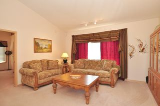 Photo 10: 16 Willow Avenue East: Oakbank Single Family Detached for sale (RM Springfield)  : MLS®# 1309429