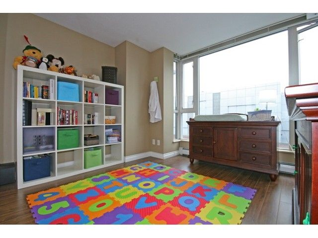 """Photo 7: Photos: 514 555 ABBOTT Street in Vancouver: Downtown VW Condo for sale in """"PARIS PLACE"""" (Vancouver West)  : MLS®# V890587"""