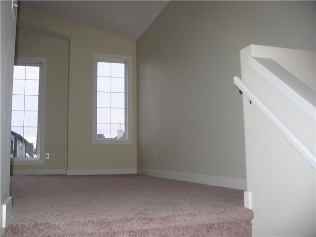 Photo 12: Photos: 106 TARALAKE Way NE in CALGARY: Taradale Residential Detached Single Family for sale (Calgary)  : MLS®# C3546779