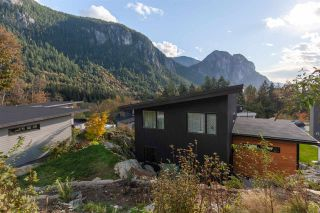 "Photo 23: 2255 WINDSAIL Place in Squamish: Plateau House for sale in ""CRUMPIT WOODS"" : MLS®# R2514390"