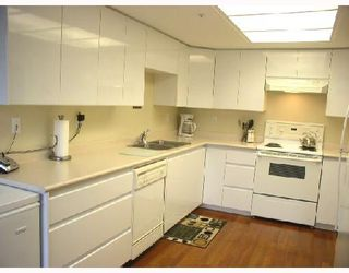 """Photo 5: 806 1190 PIPELINE Road in Coquitlam: North Coquitlam Condo for sale in """"THE MACKENZIE"""" : MLS®# V680812"""