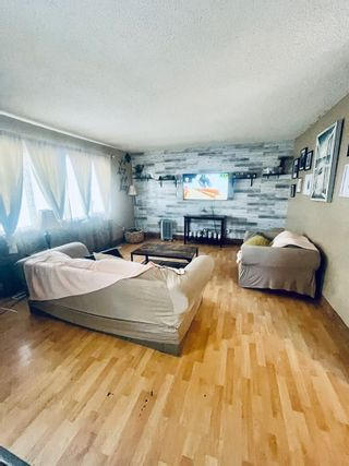 Photo 2: 11510 32 Street NW in Edmonton: Zone 23 House Half Duplex for sale : MLS®# E4229176