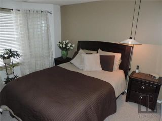 Photo 10: 549 Rathgar Avenue in Winnipeg: Fort Rouge Residential for sale (1Aw)  : MLS®# 1824156