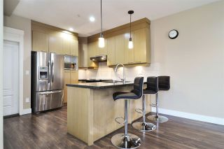"""Photo 8: 39 7298 199A Street in Langley: Willoughby Heights Townhouse for sale in """"York"""" : MLS®# R2542570"""