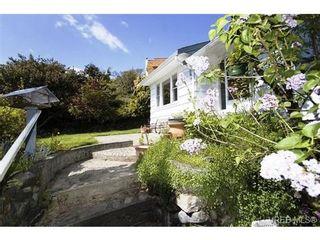Photo 2: 3568 Cedar Hill Rd in VICTORIA: SE Cedar Hill House for sale (Saanich East)  : MLS®# 535988