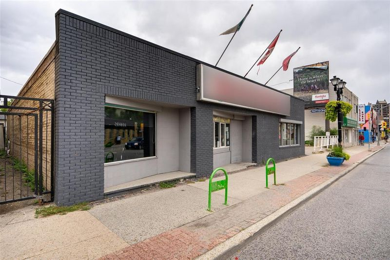 FEATURED LISTING: 529 Ellice Avenue Winnipeg