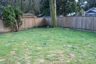Photo 2: 668 CYPRESS Street in Coquitlam: Central Coquitlam House for sale : MLS®# R2156988