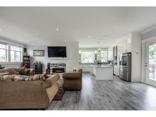 Photo 6: 33160 LEGACE Drive in Mission: Mission BC House for sale : MLS®# R2601957