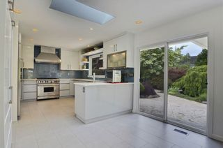 Photo 6: 12939 22A AVENUE in South Surrey White Rock: Elgin Chantrell Home for sale ()  : MLS®# R2378968