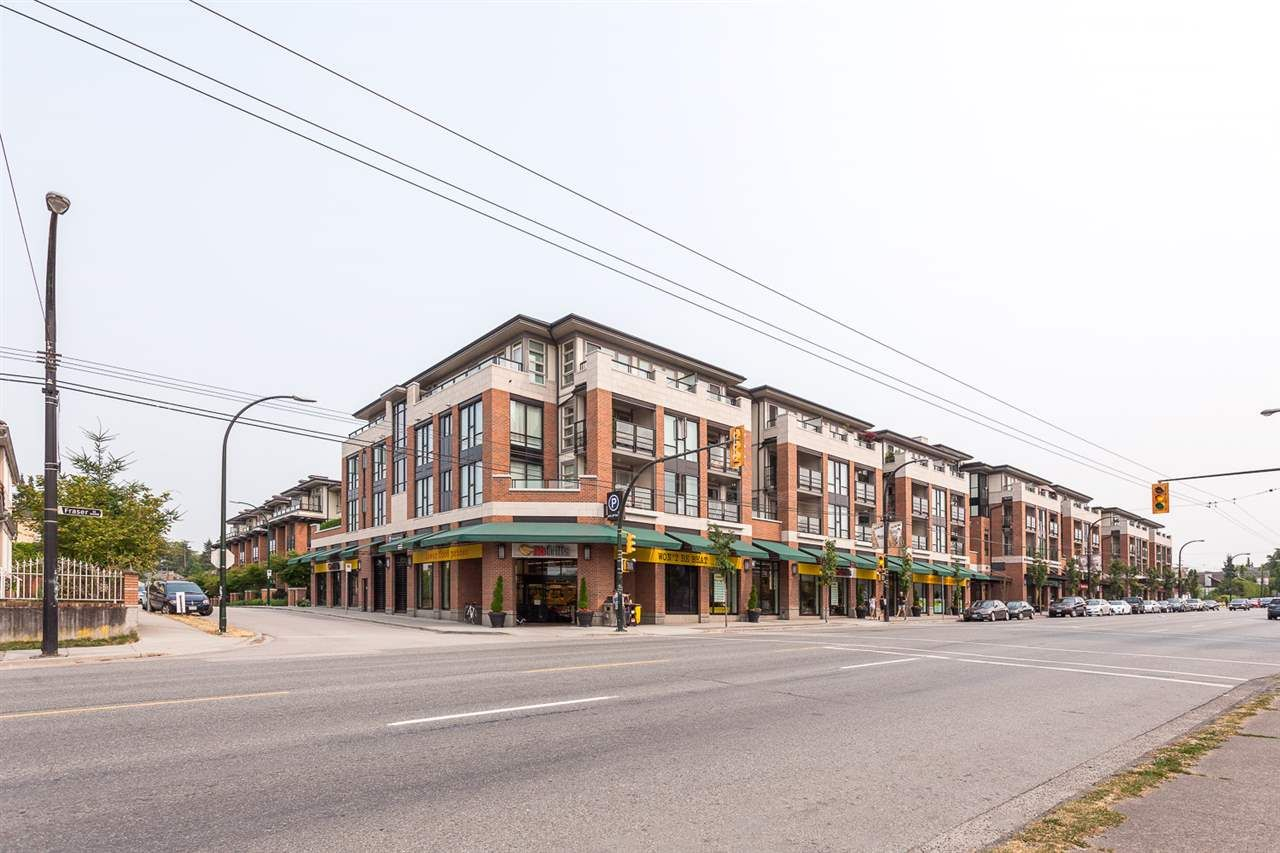"""Main Photo: 413 4550 FRASER Street in Vancouver: Fraser VE Condo for sale in """"CENTURY"""" (Vancouver East)  : MLS®# R2186913"""