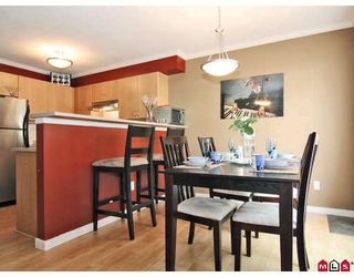 """Photo 2: 24 5388 201A Street in Langley: Langley City Townhouse for sale in """"THE COURTYARD"""" : MLS®# F2812450"""