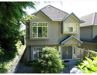 Photo 1: 307 E 28TH ST in North Vancouver: House for sale : MLS®# V727098