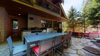 """Photo 10: 8322 VALLEY Drive in Whistler: Alpine Meadows House for sale in """"Alpine Meadows"""" : MLS®# R2453960"""