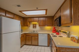 Photo 5: MISSION HILLS Condo for sale : 2 bedrooms : 909 Sutter St #105 in San Diego