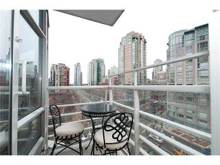 "Photo 8: 801 189 DAVIE Street in Vancouver: False Creek North Condo for sale in ""AQUARIUS III"" (Vancouver West)  : MLS®# V874620"