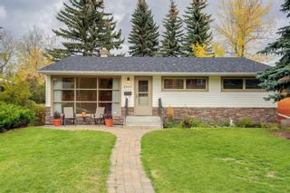 Photo 2: 2836 12 Avenue NW in Calgary: St Andrews Heights Detached for sale : MLS®# A1093477
