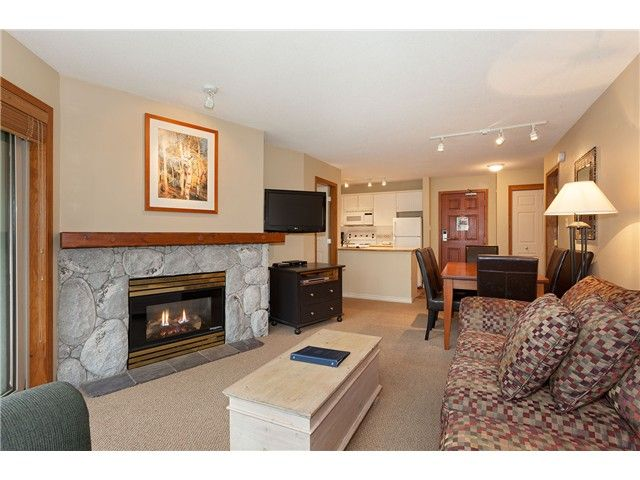 Photo 2: Photos: # 447 4800 SPEARHEAD DR in Whistler: Benchlands Condo for sale : MLS®# V1093279