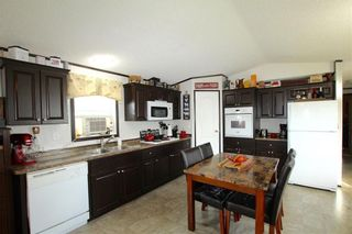 Photo 3: 7 Woodlands Trailer Court Road: Woodlands Residential for sale (R12)  : MLS®# 202108639