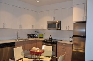 Photo 8: 410 55 EIGHTH Avenue in New Westminster: GlenBrooke North Condo for sale : MLS®# R2215008