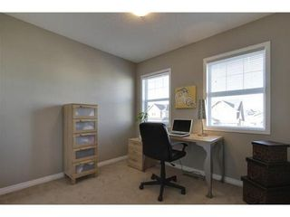 Photo 13: 342 EVERGLEN Rise SW in Calgary: 2 Storey for sale : MLS®# C3586109