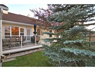 Photo 3: 175 Prominence Heights SW in CALGARY: Prominence Patterson Townhouse for sale (Calgary)  : MLS®# C3496541