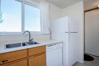 Photo 23: 332 Queenston Heights SE in Calgary: Queensland Row/Townhouse for sale : MLS®# A1114442