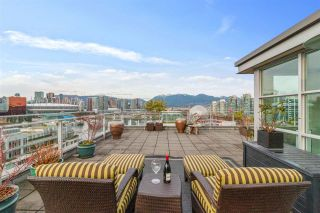 """Photo 19: 1401 1661 ONTARIO Street in Vancouver: False Creek Condo for sale in """"Millennium Water"""" (Vancouver West)  : MLS®# R2521704"""