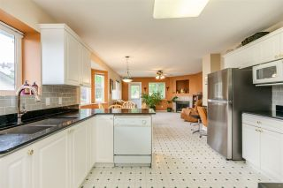 """Photo 13: 7947 TOPPER Drive in Mission: Mission BC House for sale in """"College Heights"""" : MLS®# R2381617"""
