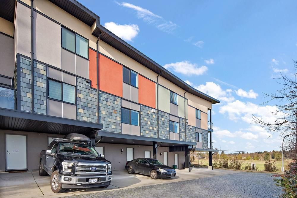 Main Photo: 6 2321 Island View Rd in : CS Island View Row/Townhouse for sale (Central Saanich)  : MLS®# 868671