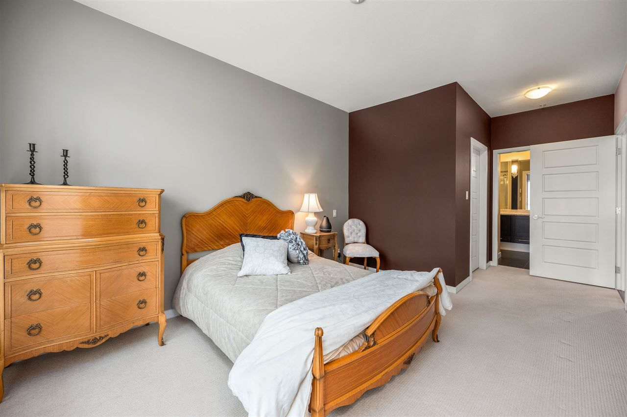 """Photo 14: Photos: 309 23215 BILLY BROWN Road in Langley: Fort Langley Condo for sale in """"WATERFRONT at Bedford Landing"""" : MLS®# R2472976"""