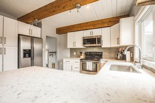 Photo 7: 6531 Larkspur Way SW in Calgary: North Glenmore Park Detached for sale : MLS®# A1107138