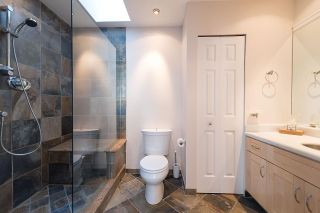 """Photo 11: 2 1511 MAHON Avenue in North Vancouver: Central Lonsdale Townhouse for sale in """"Heritage Court"""" : MLS®# R2206665"""