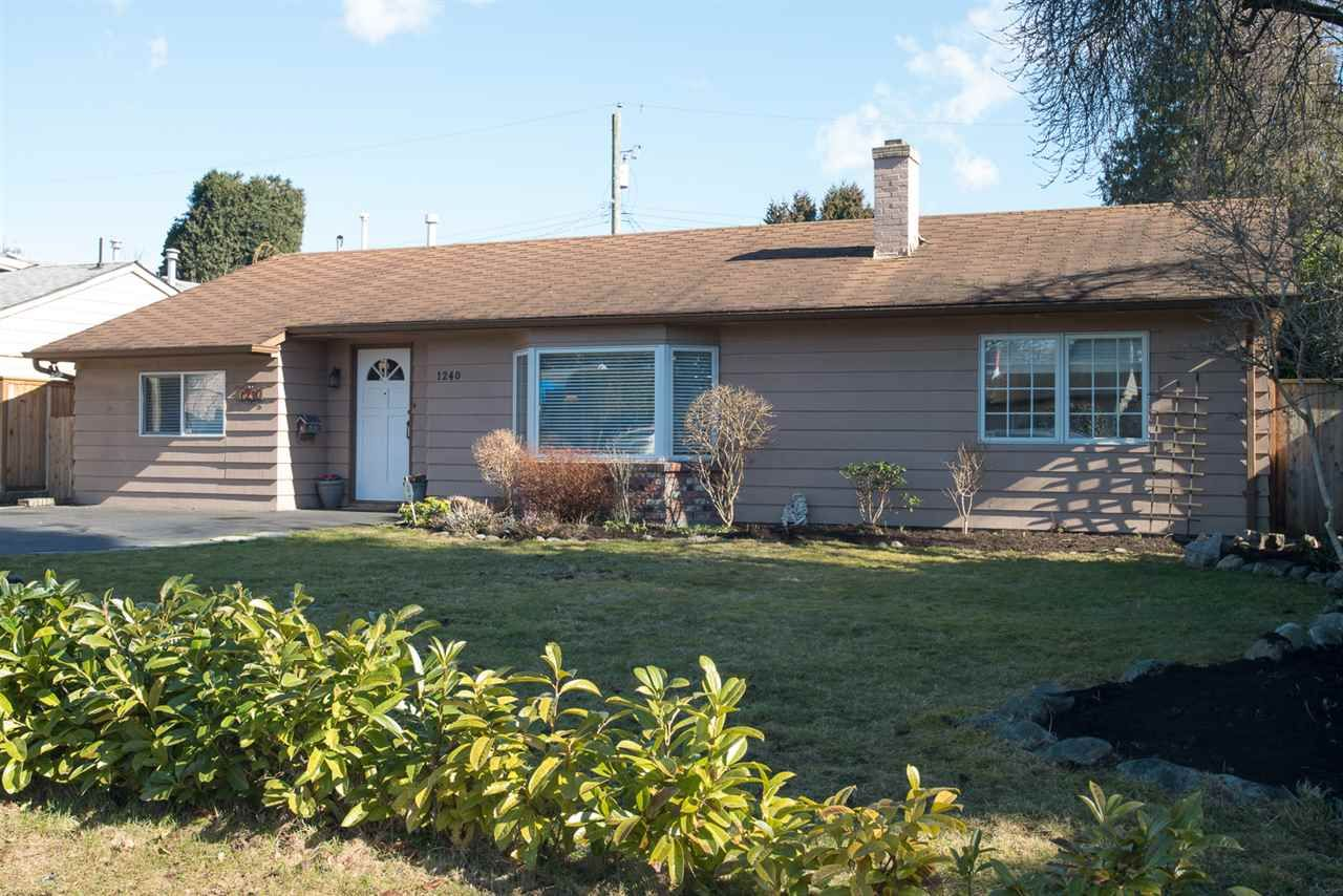 """Main Photo: 1240 TATLOW Avenue in North Vancouver: Norgate House for sale in """"Norgate"""" : MLS®# R2141720"""