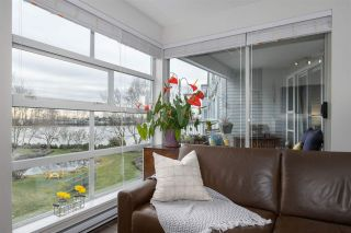 """Photo 1: 314 2020 E KENT AVENUE SOUTH in Vancouver: South Marine Condo for sale in """"Tugboat Landing"""" (Vancouver East)  : MLS®# R2538766"""