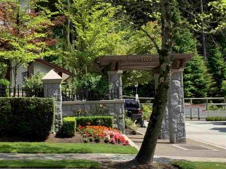 Photo 3: 9 1705 PARKWAY Boulevard in Coquitlam: Westwood Plateau House for sale : MLS®# R2484688