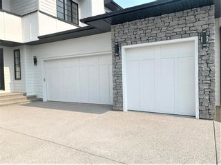 Photo 3: 31 Rockford Park NW in Calgary: Rocky Ridge Detached for sale : MLS®# A1151305