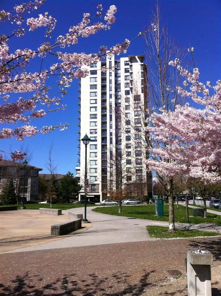 Main Photo: 908 3663 CROWLEY DRIVE in Vancouver: Collingwood VE Condo for sale (Vancouver East)  : MLS®# R2025954