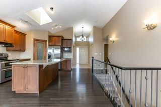 Photo 7: 918 CHAHLEY Crescent in Edmonton: Zone 20 House for sale : MLS®# E4237518
