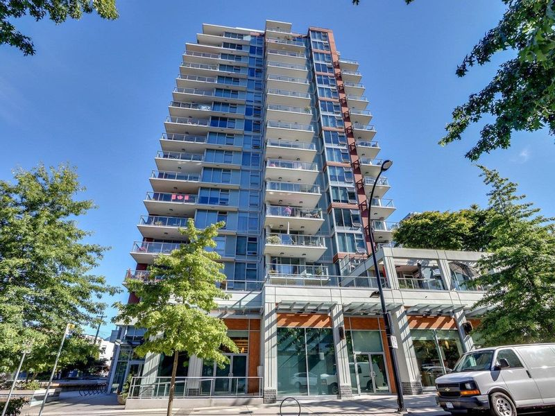 FEATURED LISTING: 1407 - 150 15TH Street West North Vancouver