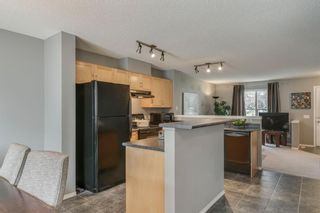 Photo 9: 56 Elgin Gardens SE in Calgary: McKenzie Towne Row/Townhouse for sale : MLS®# A1009834