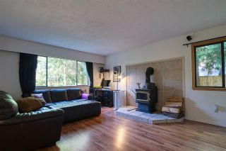 """Photo 11: 8092 DOGWOOD Drive in Halfmoon Bay: Halfmn Bay Secret Cv Redroofs House for sale in """"Welcome Woods"""" (Sunshine Coast)  : MLS®# R2487226"""