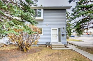 Main Photo: 32 4810 40 Avenue SW in Calgary: Glamorgan Row/Townhouse for sale : MLS®# A1155164